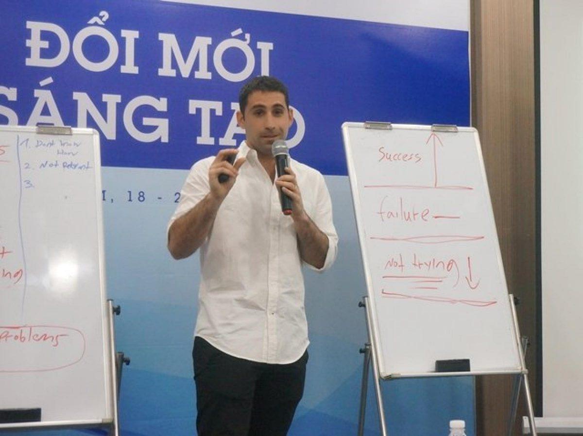 tang-toc-khoi-nghiep-hop-tac-giua-doanh-nghiep-va-startups